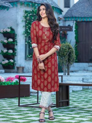 Fitoor Maroon Printed Rayon Kurti with off White Pant