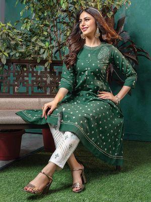 Sizzle Dark Green Cotton Printed Kurti With Pant